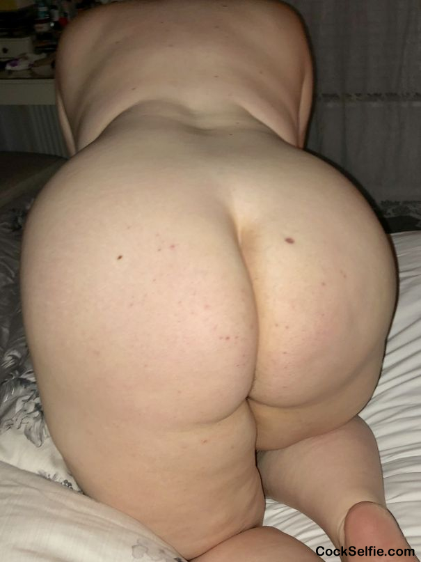 Anyone interested? Comment or Message me - Cock Selfie